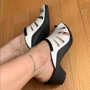 Romika Peep Toe Slip On Sandals